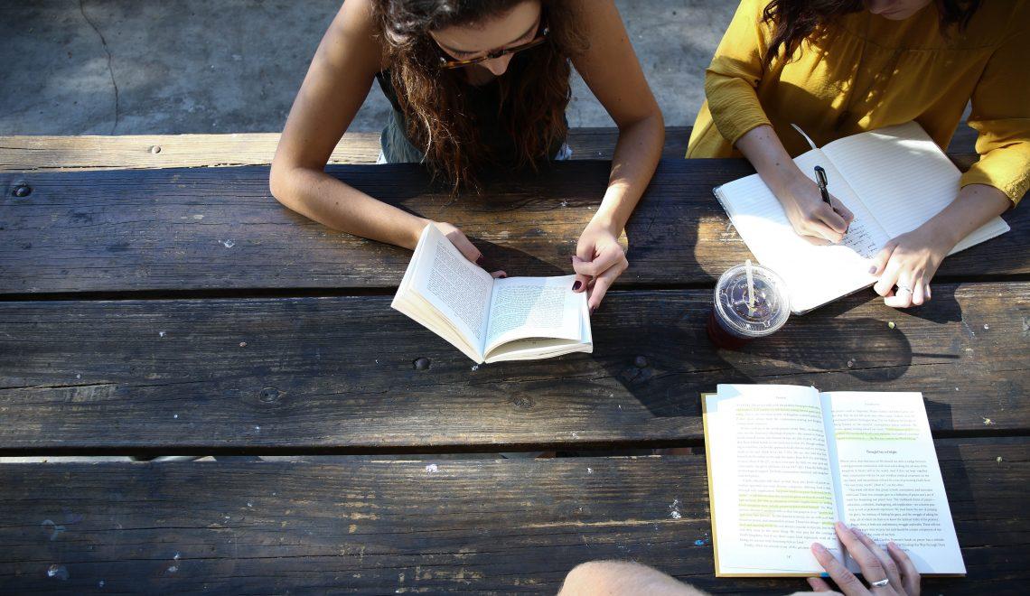Schnell auswendig lernen: 12 Tipps für's Studium